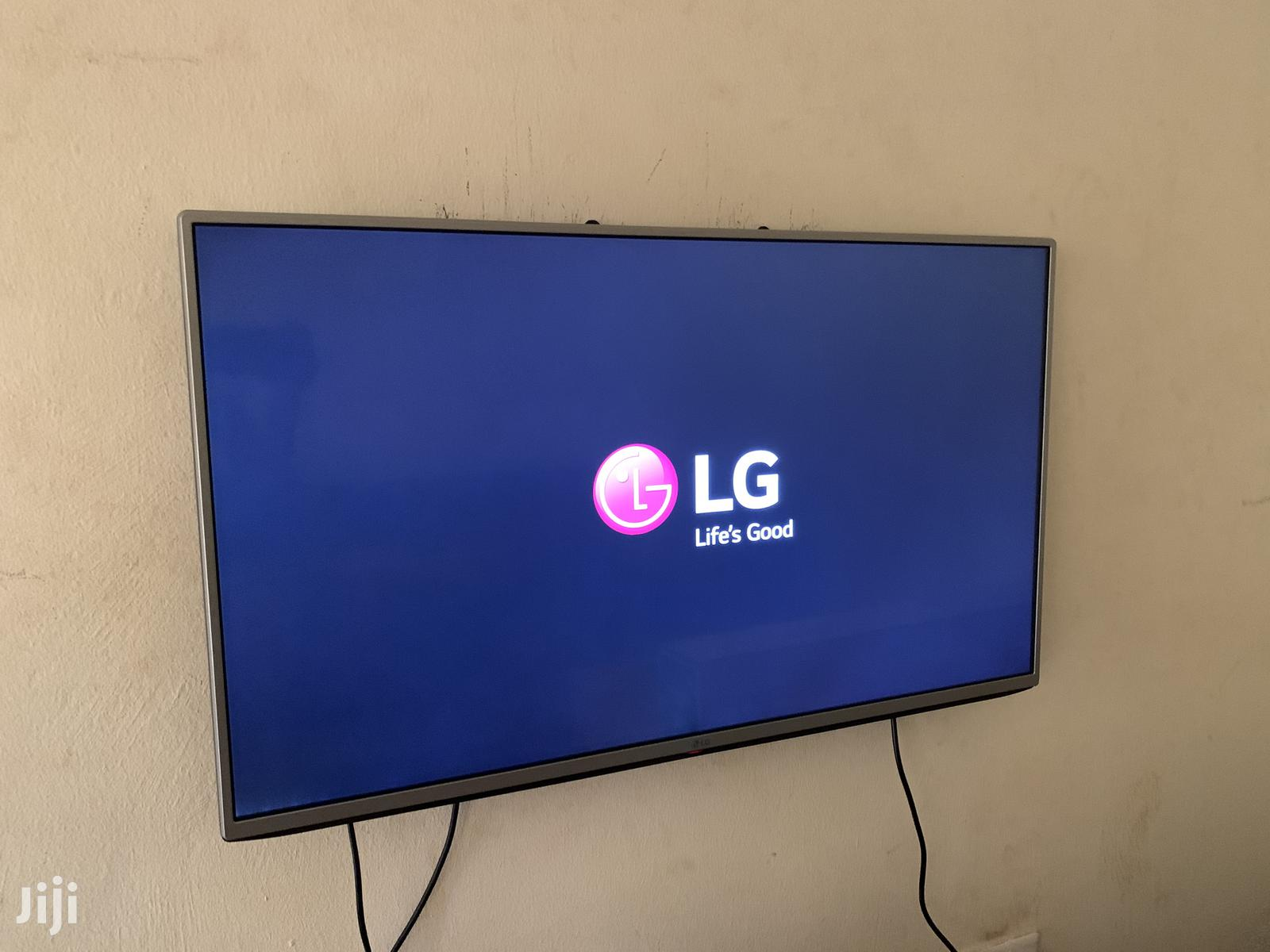 43 Inches LG Digital Flat Screen