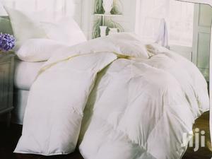 White Plane Cotton Duvet , 132 Thead Count
