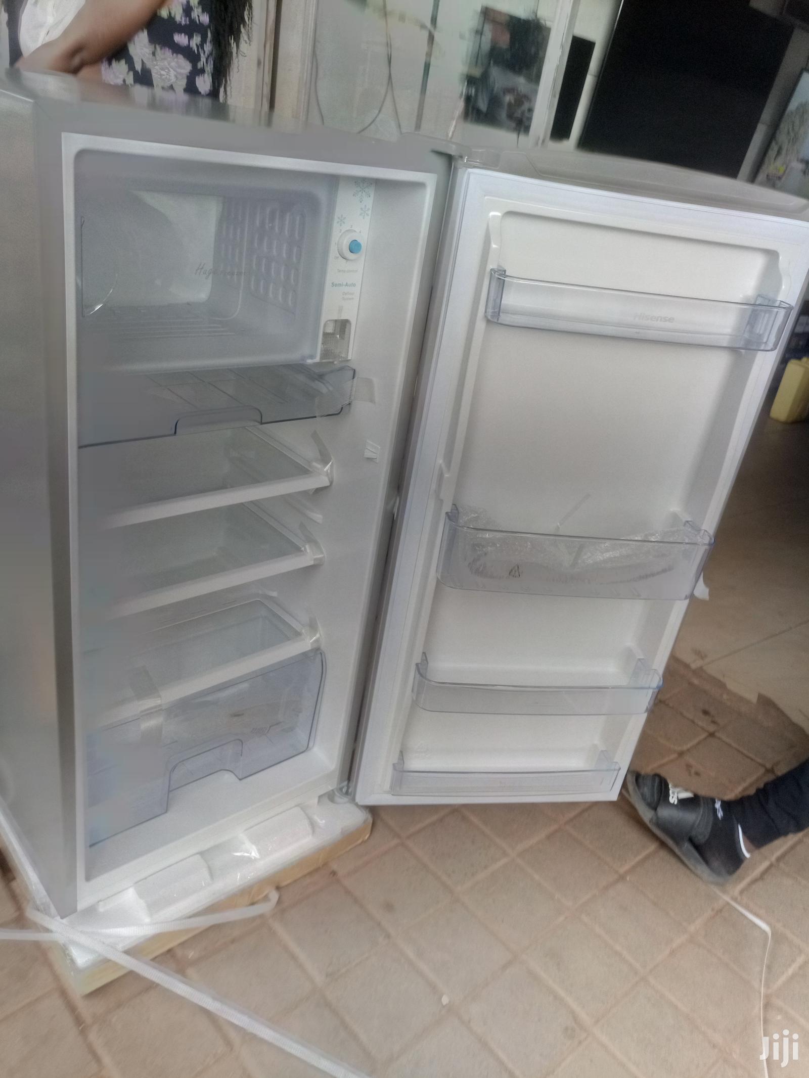 Hisense Single Door Refrigerator 195L   Kitchen Appliances for sale in Kampala, Central Region, Uganda
