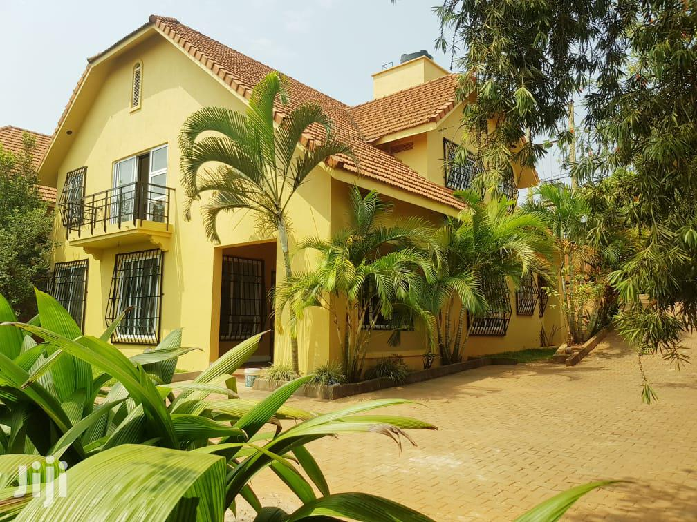 Four Bedroom House In Lubowa Entebbe Road For Rent