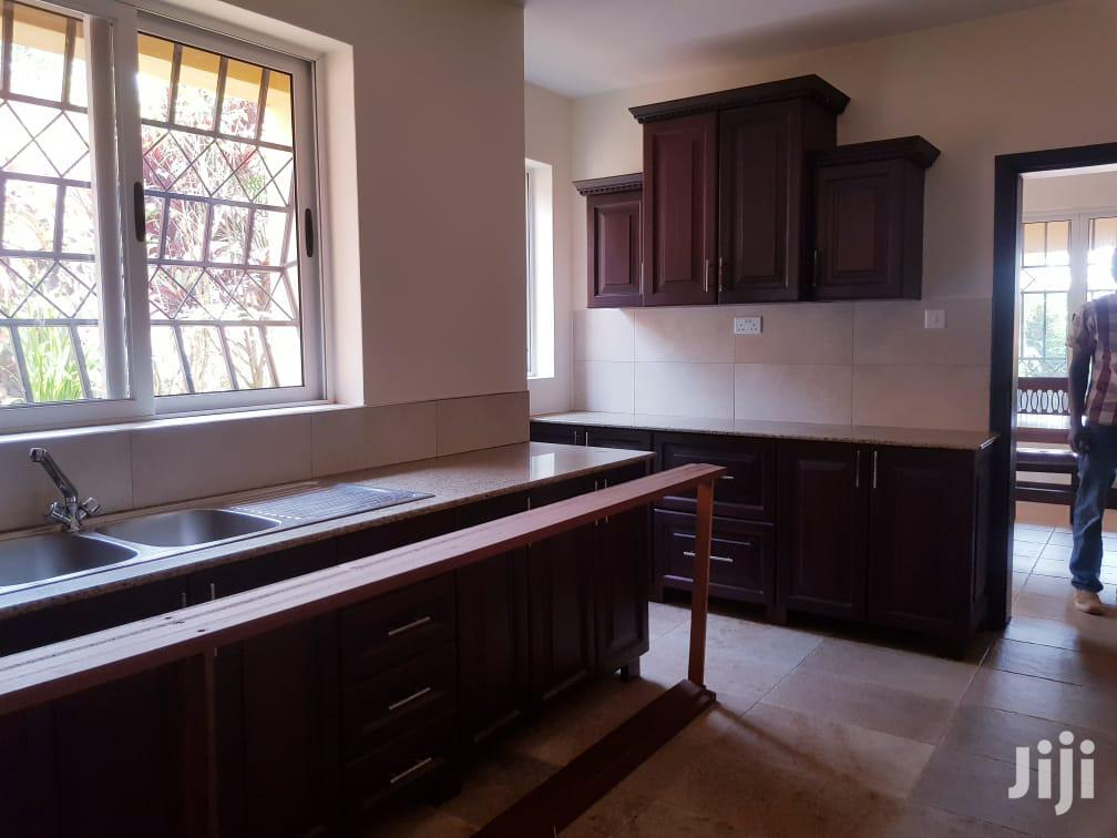 Four Bedroom House In Lubowa Entebbe Road For Rent | Houses & Apartments For Rent for sale in Kampala, Central Region, Uganda