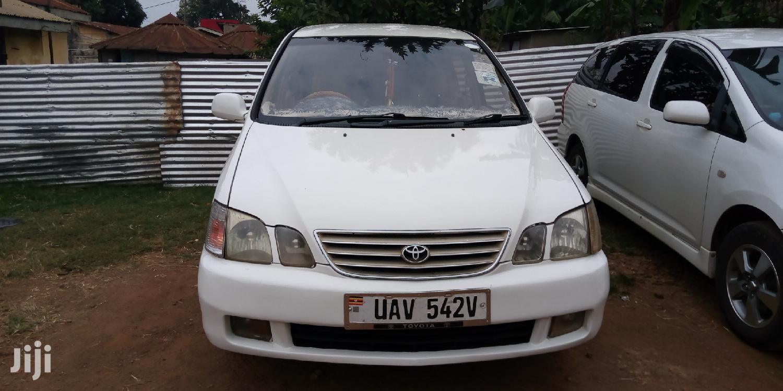 Archive: Toyota Gaia 2000 White