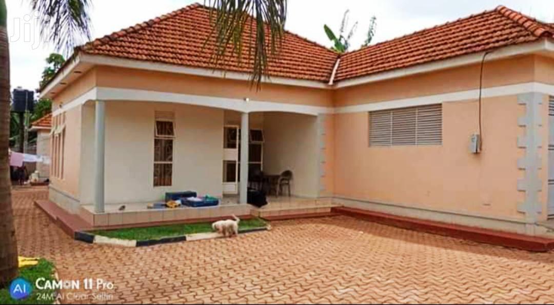 Three Bedroom House In Kyaliwajjala For Sale