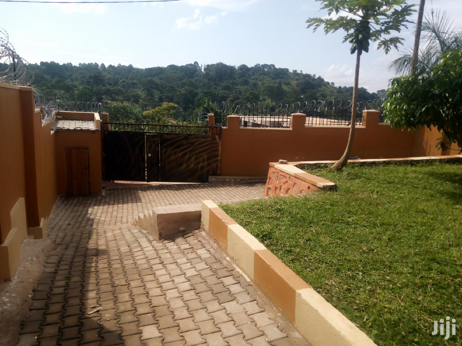 Archive: New House for Rent in Namilyango