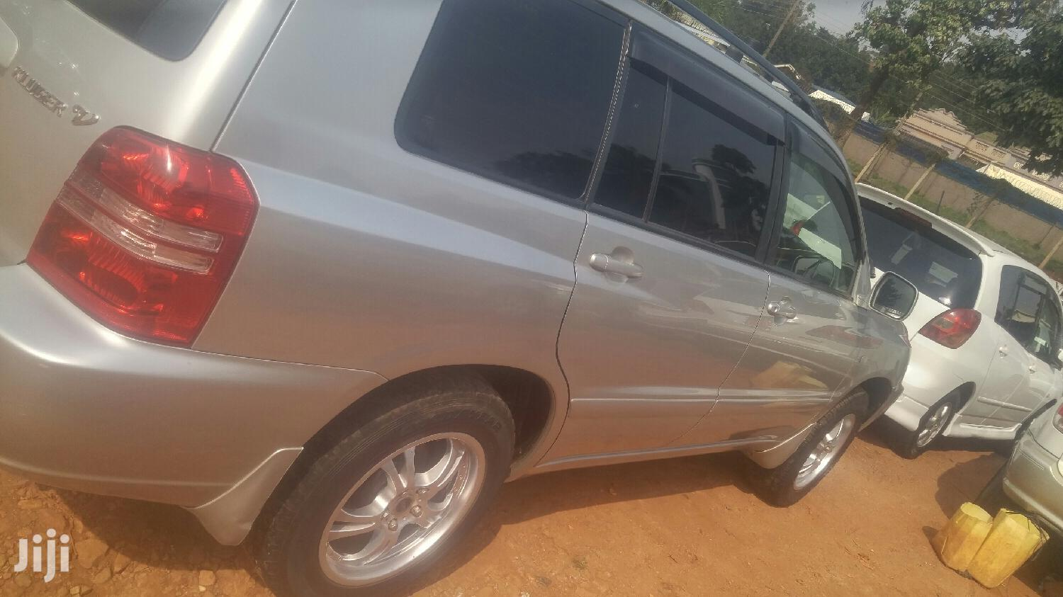 Toyota Kluger 2002 Silver | Cars for sale in Kampala, Central Region, Uganda