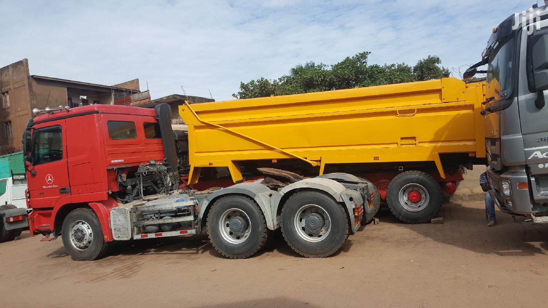12 Wheelers Fuso Dumper Truck