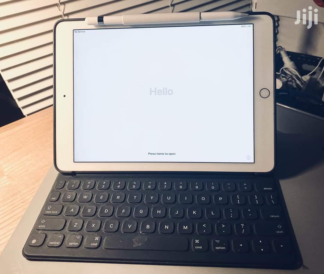 Apple iPad 9.7 128 GB