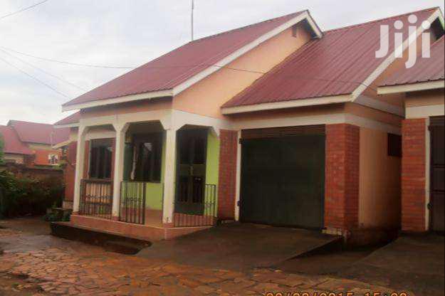 Two Bedroom House In Kirinya Bombe For Rent