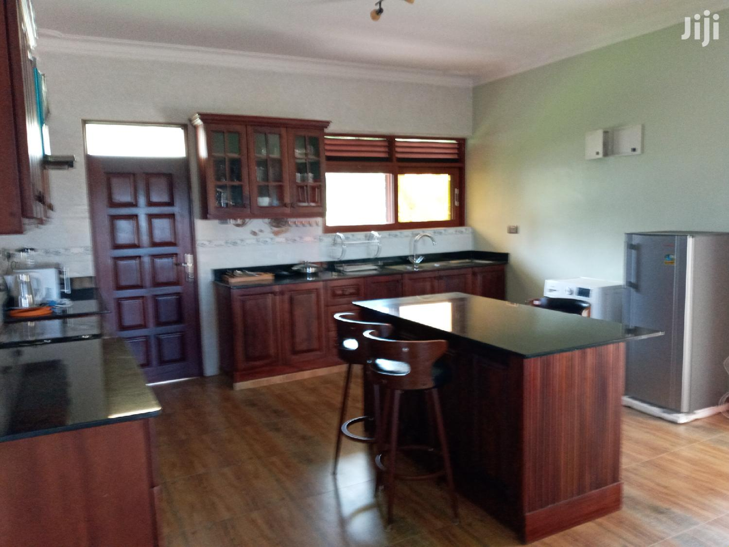 Very Stunning Brand New Fully Furnished Apartments For Rent Munyonyo