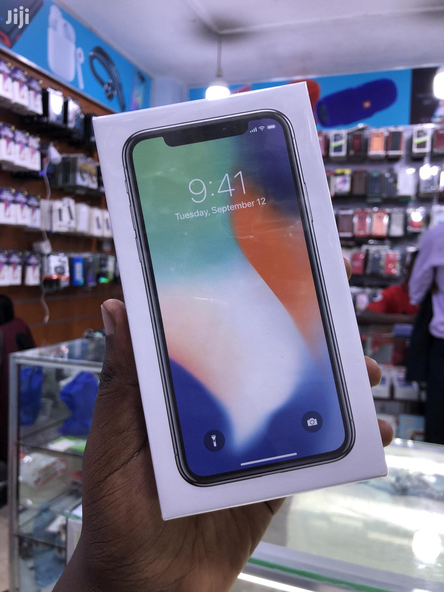 New Apple iPhone X 64 GB