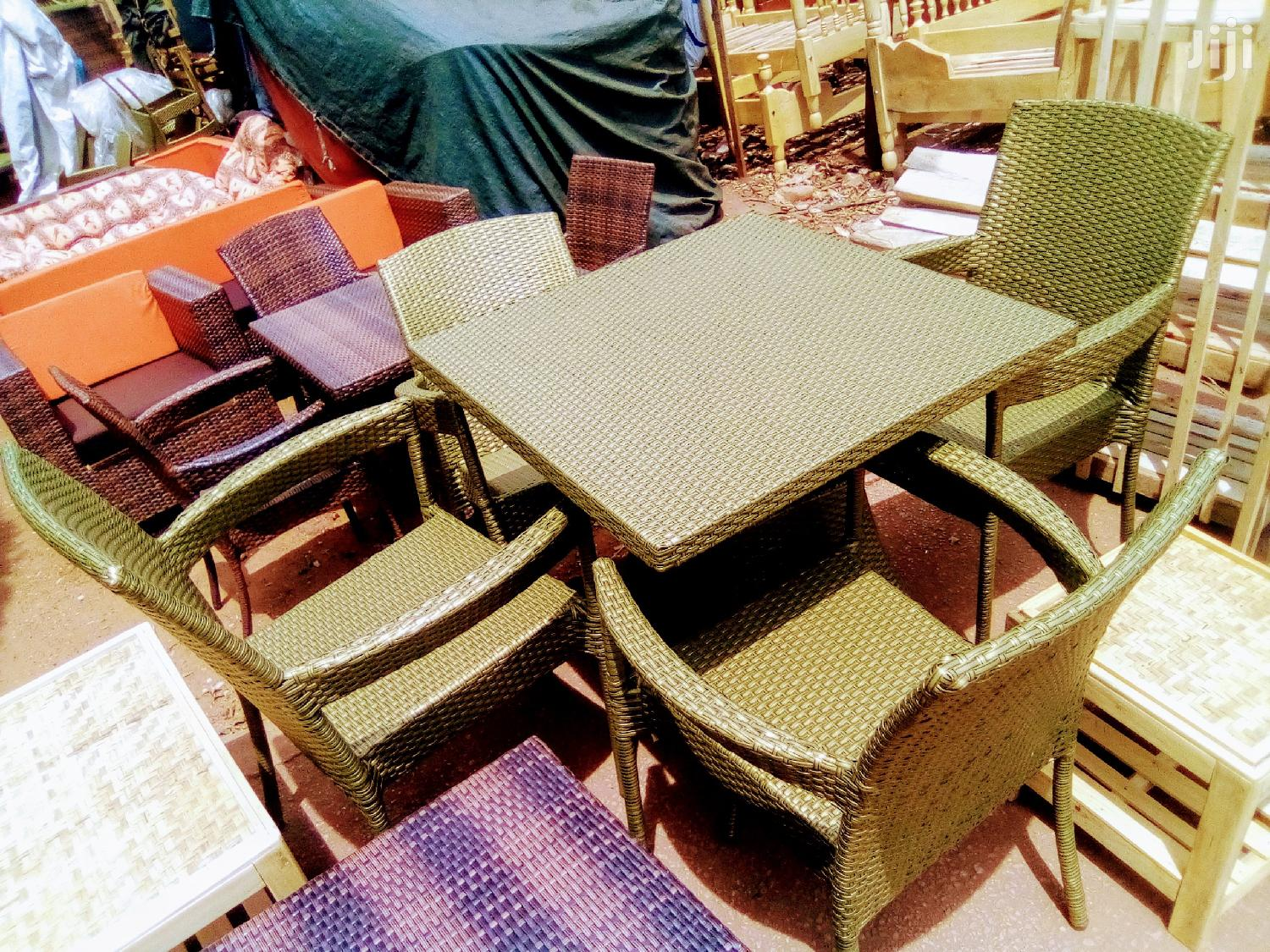 Archive: Craft Chairs With Table