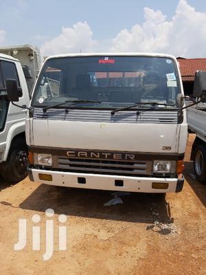 Mitsubishi Canter 1988 White
