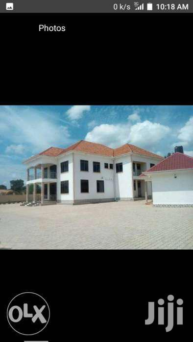 Mansion On An Acre In Gayaza
