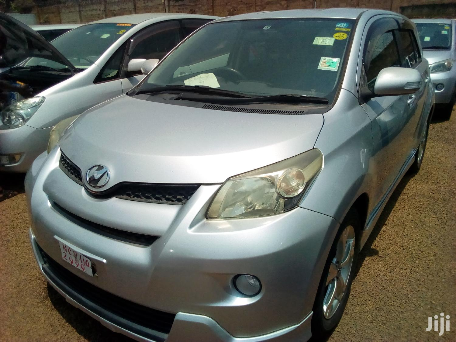 Toyota IST 2009 Silver