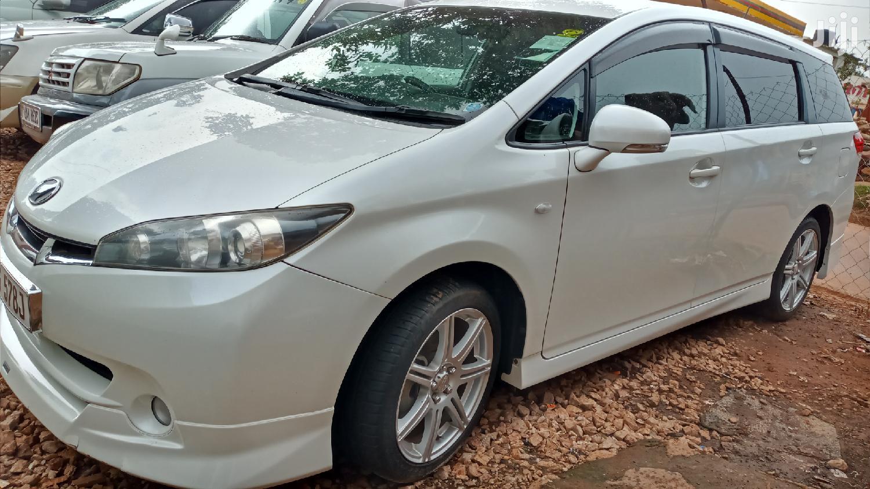 Toyota Wish 2009 White