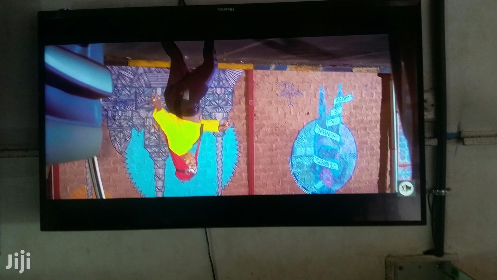 43 Inches Led Hisense TV Flatscreen