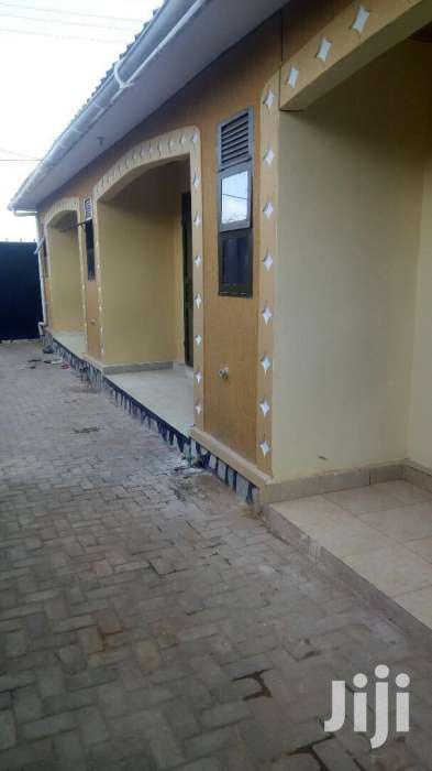 Kisaasi Brand New Double  Rooms For Rent In Kisaasi On Kyanja Road.