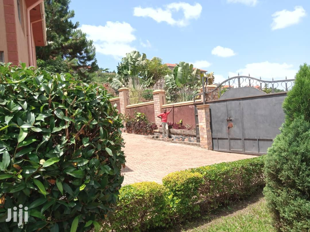 House For Sale In Kitende Entebbe Road | Houses & Apartments For Sale for sale in Kampala, Central Region, Uganda