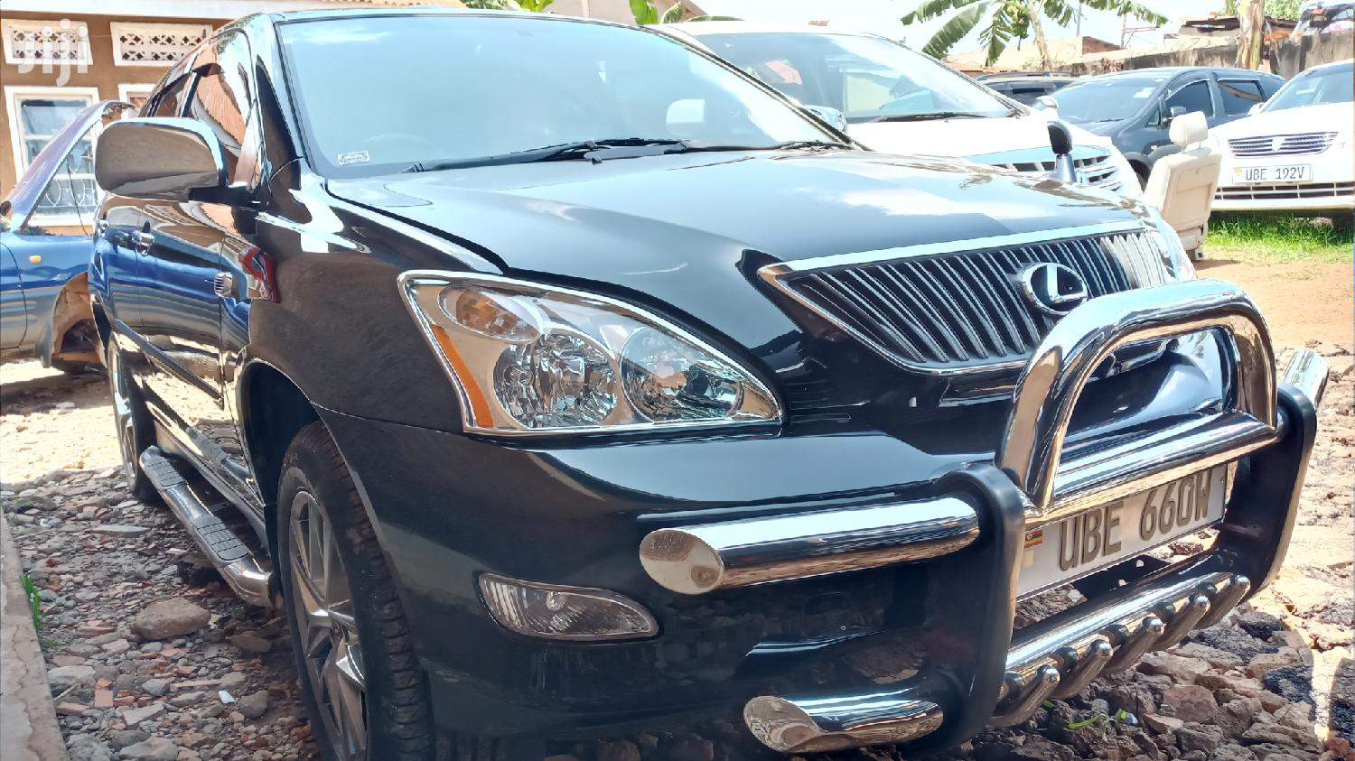 Archive: Toyota Harrier 2004 Black
