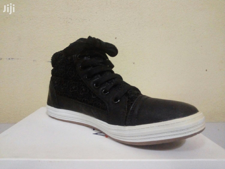 Kids Black & White Casual Shoe Size 36