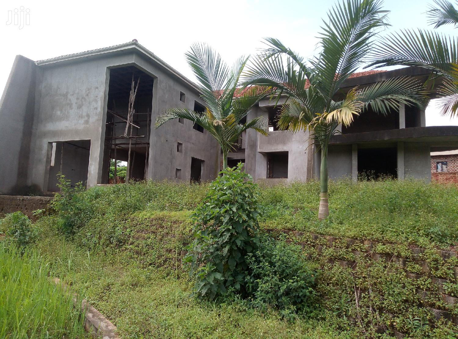 Executive Four Bedroom House For Sale