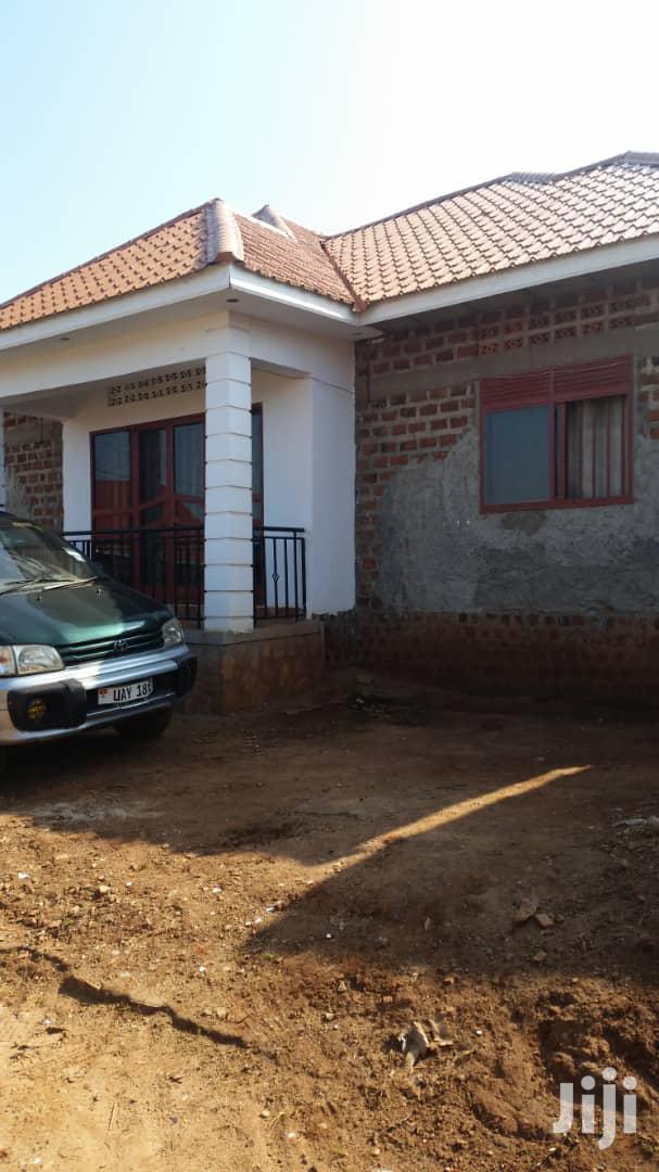 Three Bedroom House In Gayaza Kabanyoro For Sale