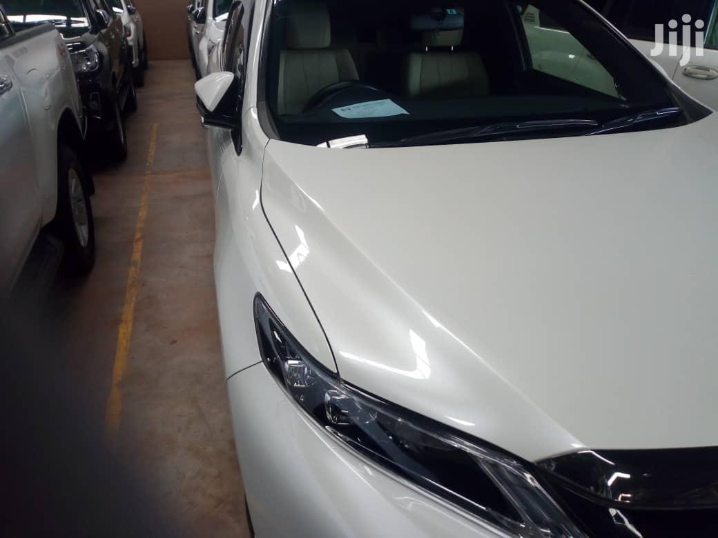 New Toyota Harrier 2015 White   Cars for sale in Kampala, Central Region, Uganda