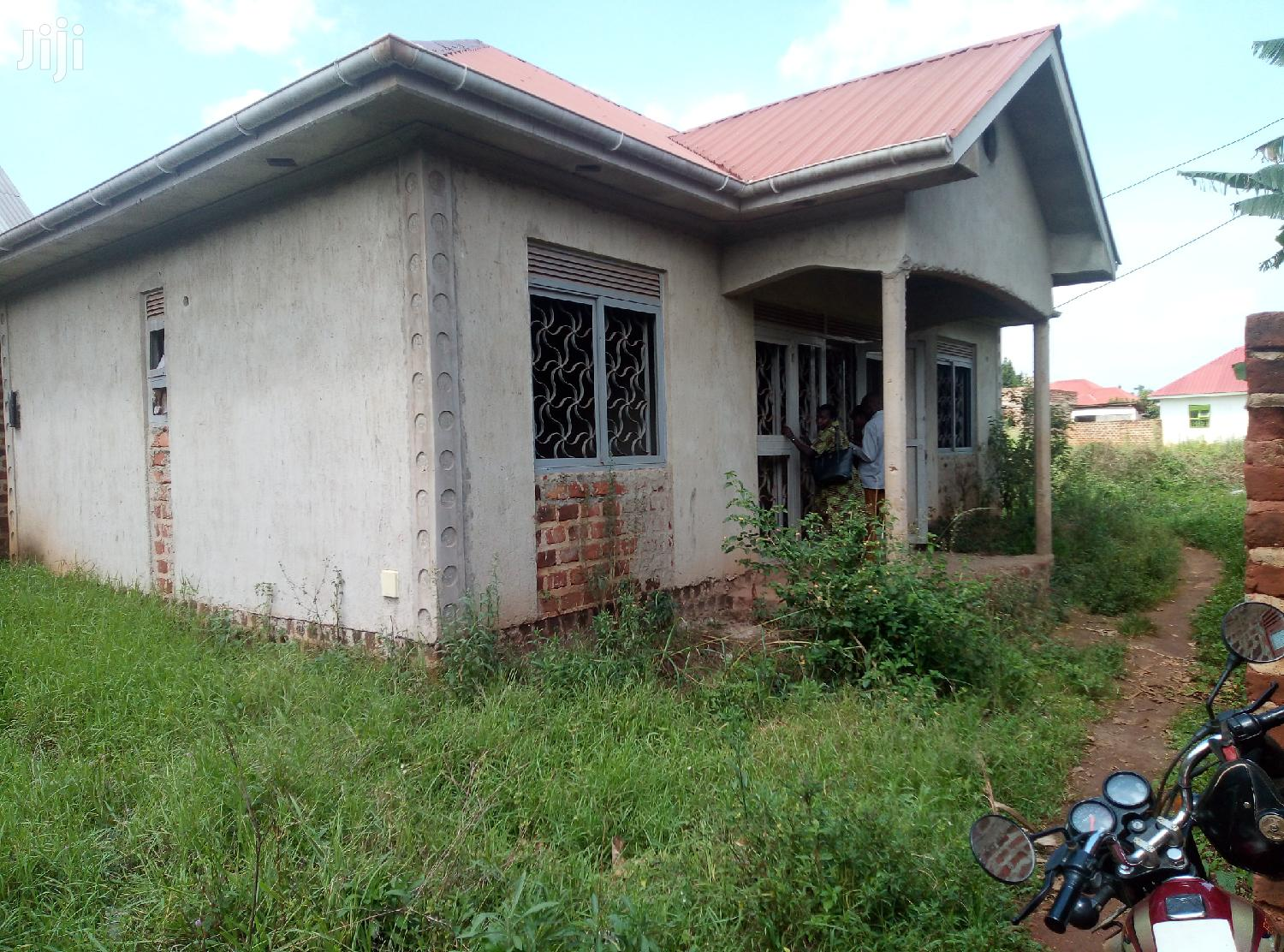 Spacious Three Bedroom House In Kira For Sale