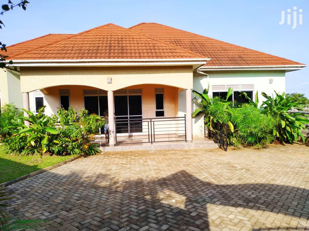Wonderful Four Bedroom House Is Available For Sale In Kiira