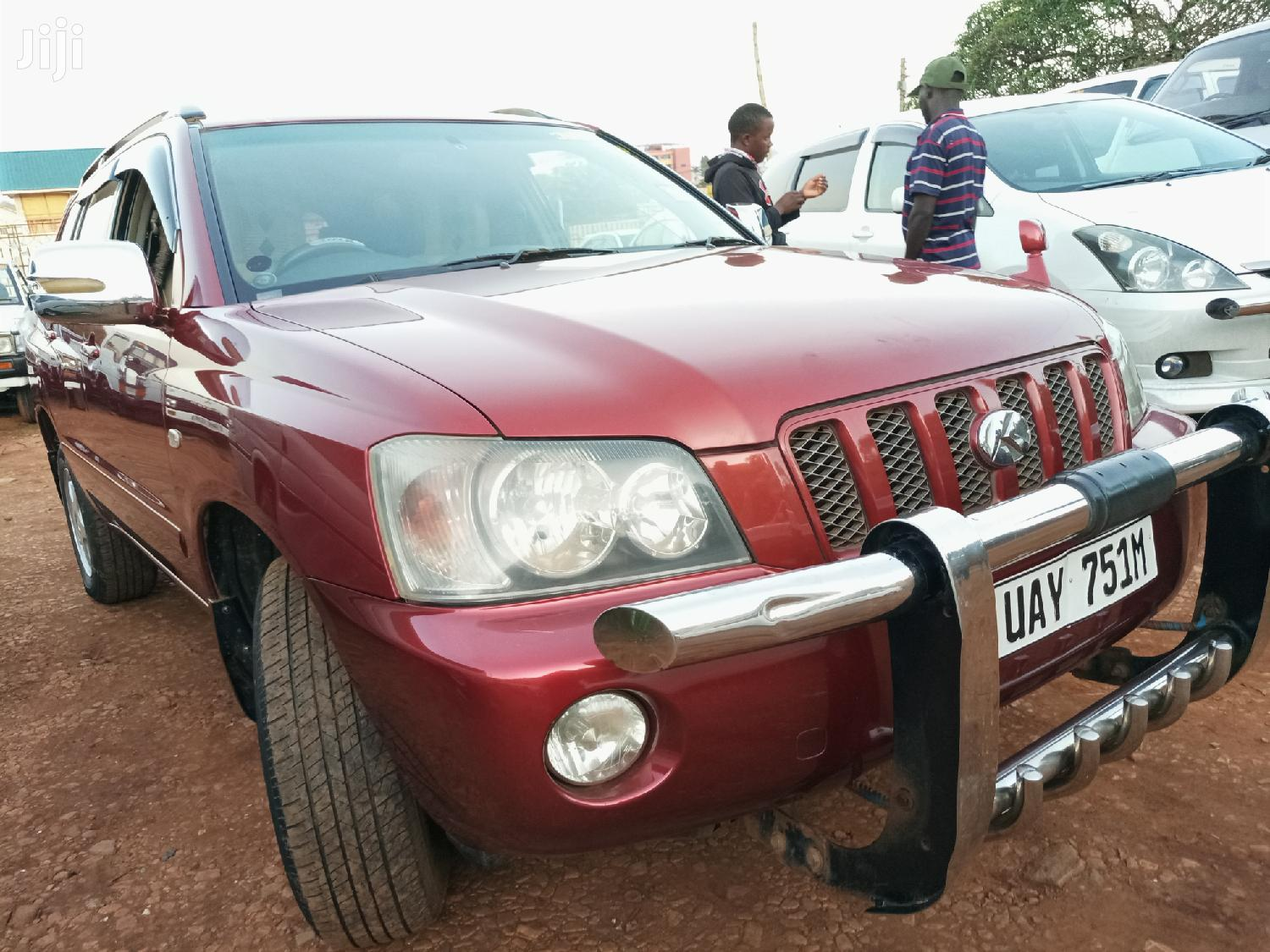 Archive: Toyota Kluger 2002 Red