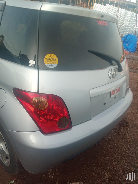 Toyota IST 2005 Silver | Cars for sale in Kampala, Central Region, Uganda