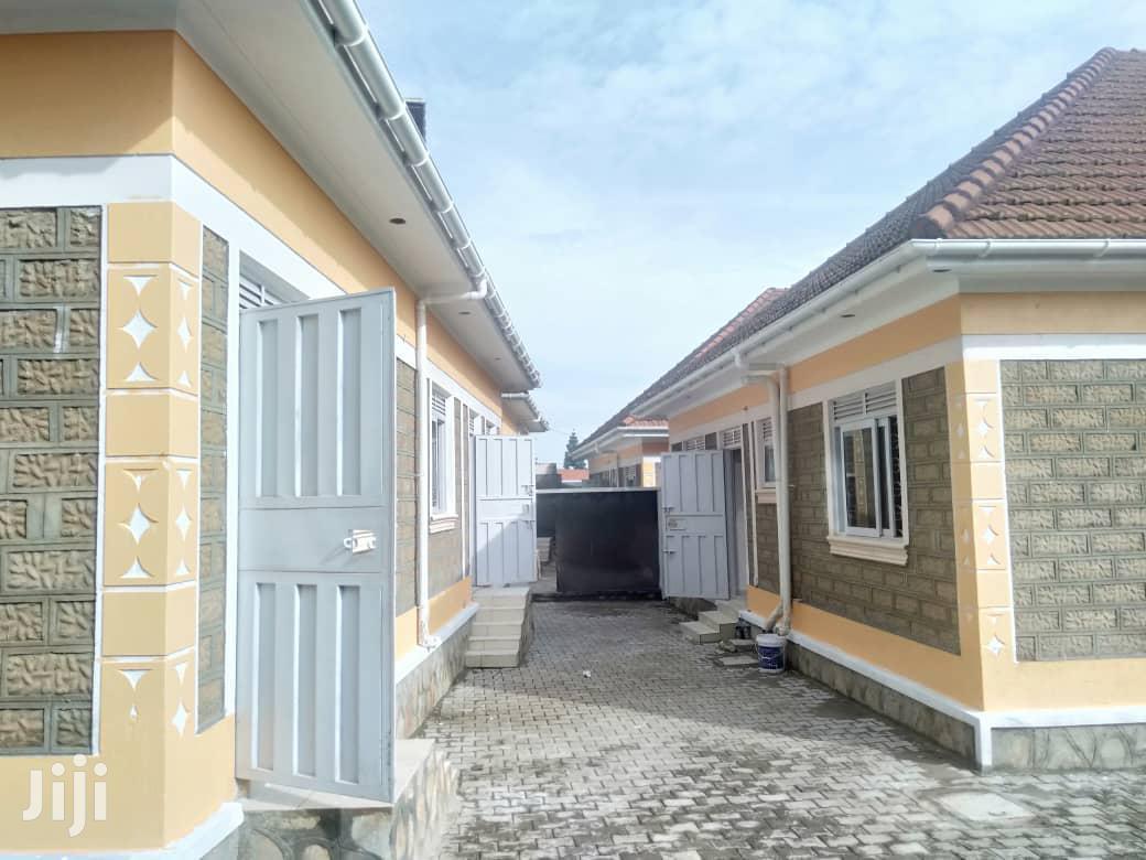 Three Bedroom House In Kitende Entebbe Road For Sale | Houses & Apartments For Sale for sale in Kampala, Central Region, Uganda