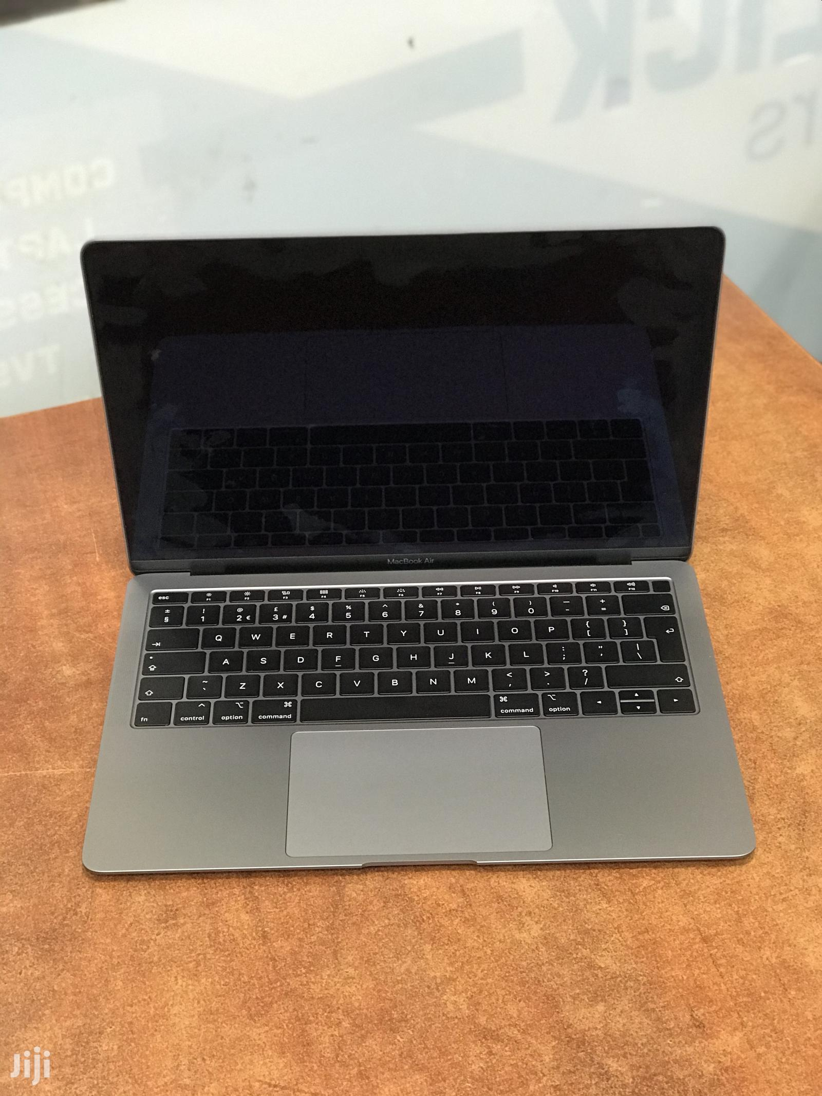 New Laptop Apple MacBook Air 8GB Intel Core I5 SSHD (Hybrid) 128GB