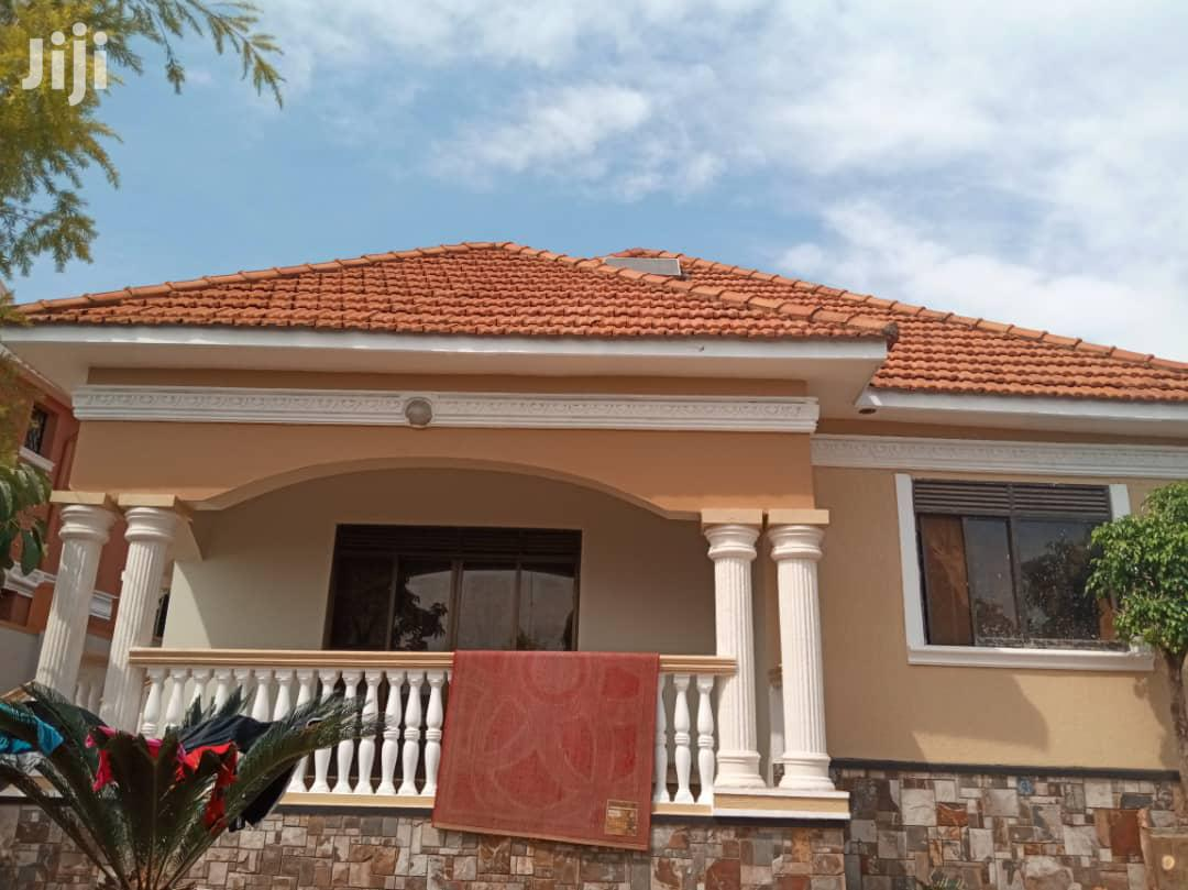 Three Bedroom House In Akright Entebbe Road For Sale