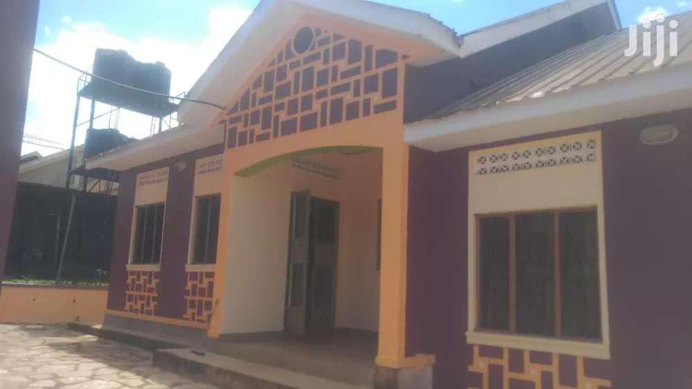 Two Bedroom House In Agenda Mbalwa For Rent