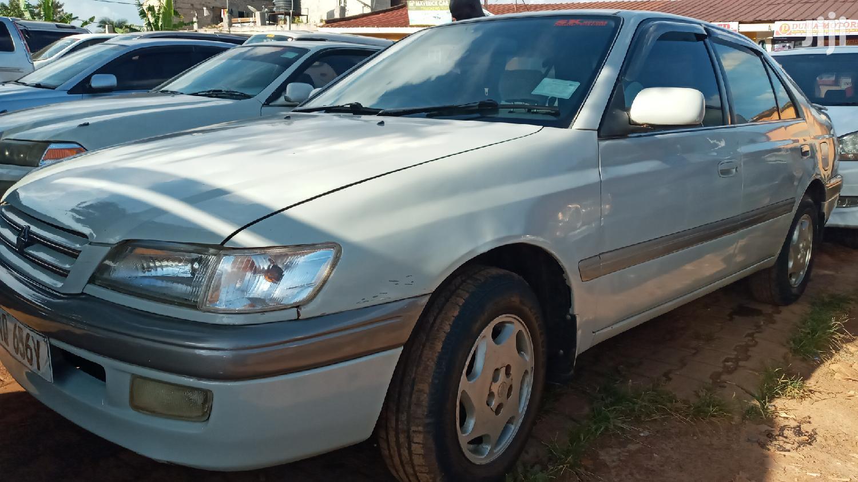 Archive: Toyota Premio 1998 Silver