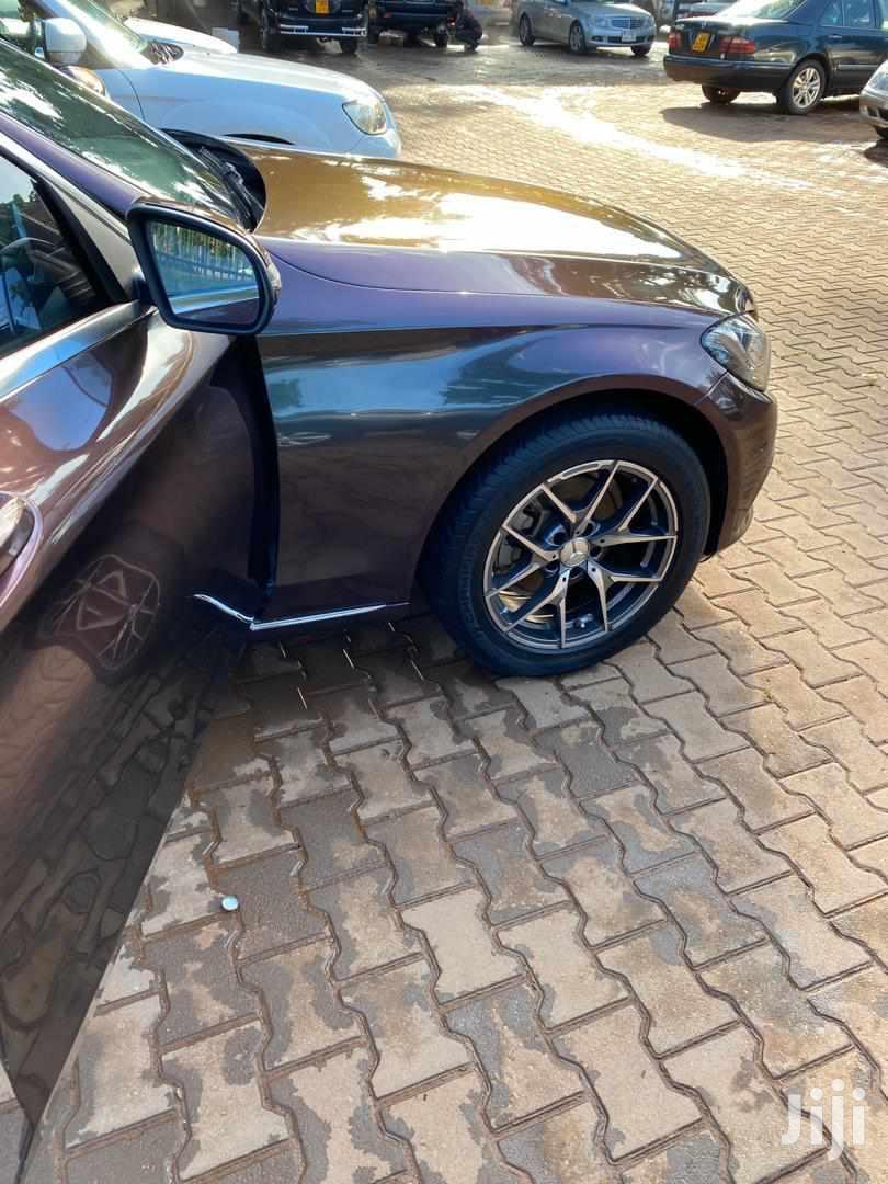 Archive: Mercedes-Benz C200 2015