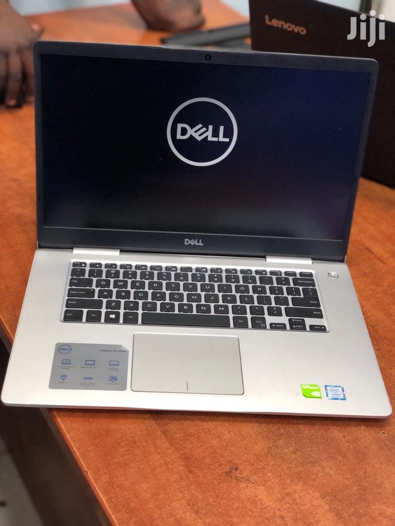 Archive: Laptop Dell Inspiron 15 7000 4GB Intel Core I5 HDD 256GB