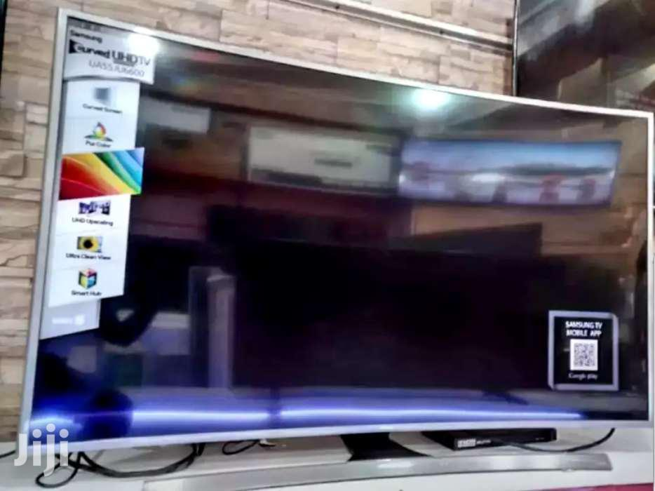 New Samsung Smart UHD 4k Curved Screen TV 55 Inches
