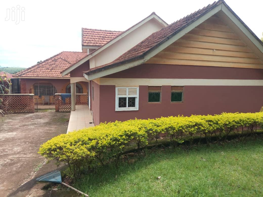 Three Bedroom House In Entebbe Kitoro For Sale | Houses & Apartments For Sale for sale in Wakiso, Central Region, Uganda