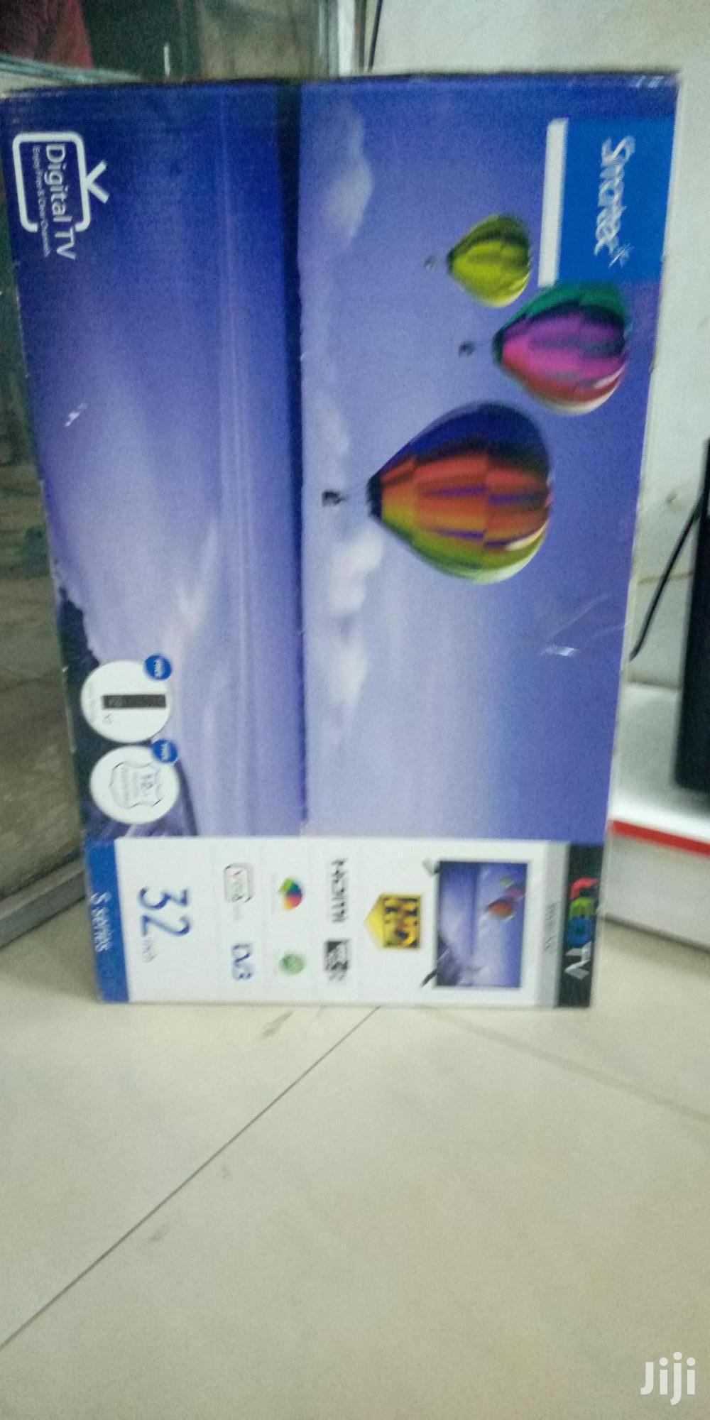 Smartec Flat Screen Digital Tv 32 Inches