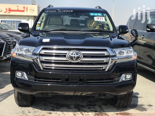 Archive: Toyota Land Cruiser 2016 Black