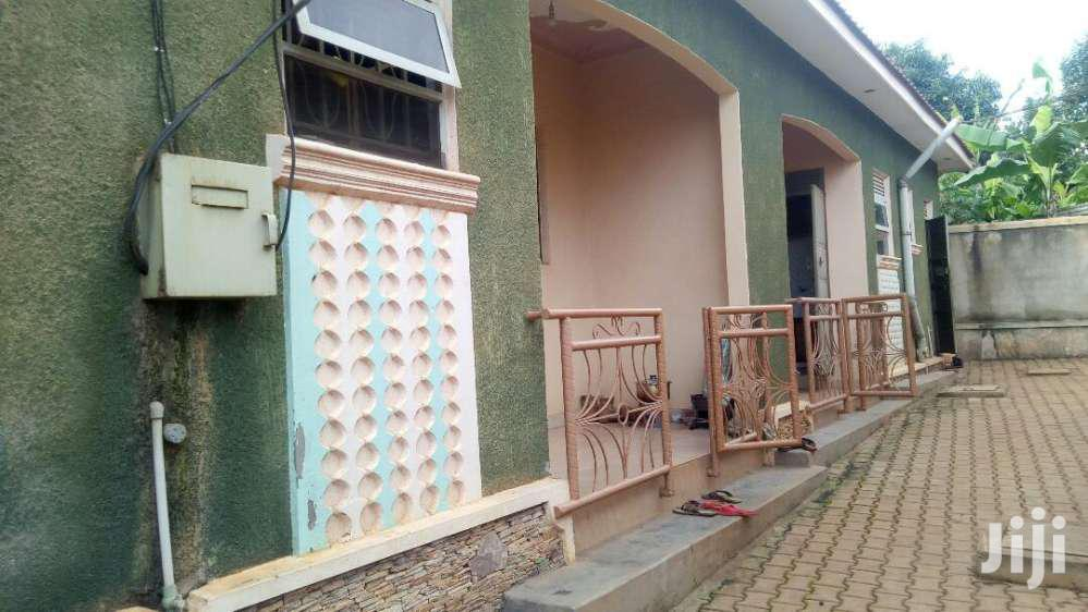 Executive Double Rooms For Rent In Kisaasi