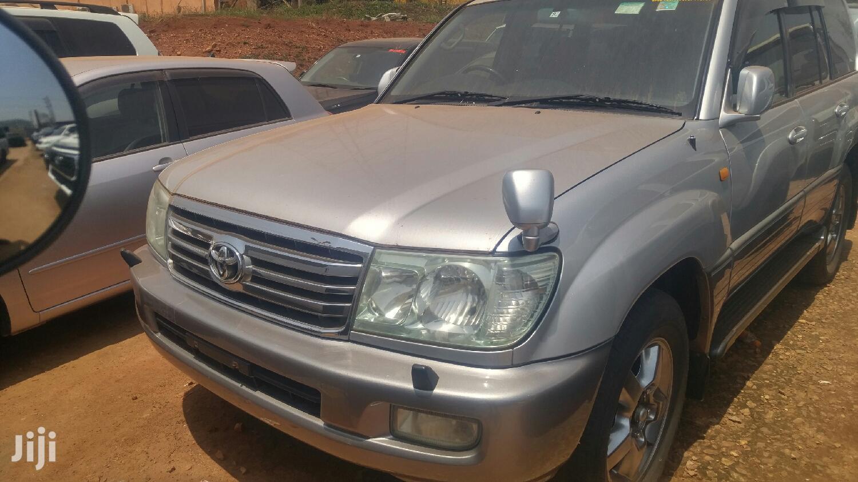Toyota Land Cruiser 2006 Silver