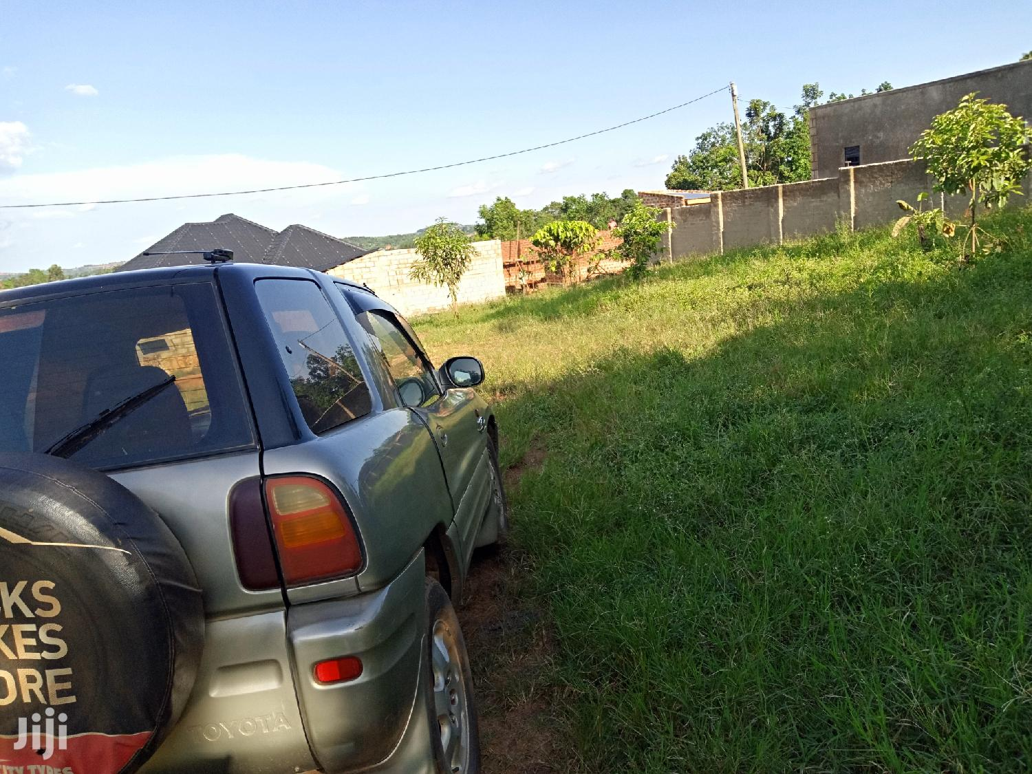 Kira Cute Plot Near the Main Road Being Tarmacked | Land & Plots For Sale for sale in Kampala, Central Region, Uganda