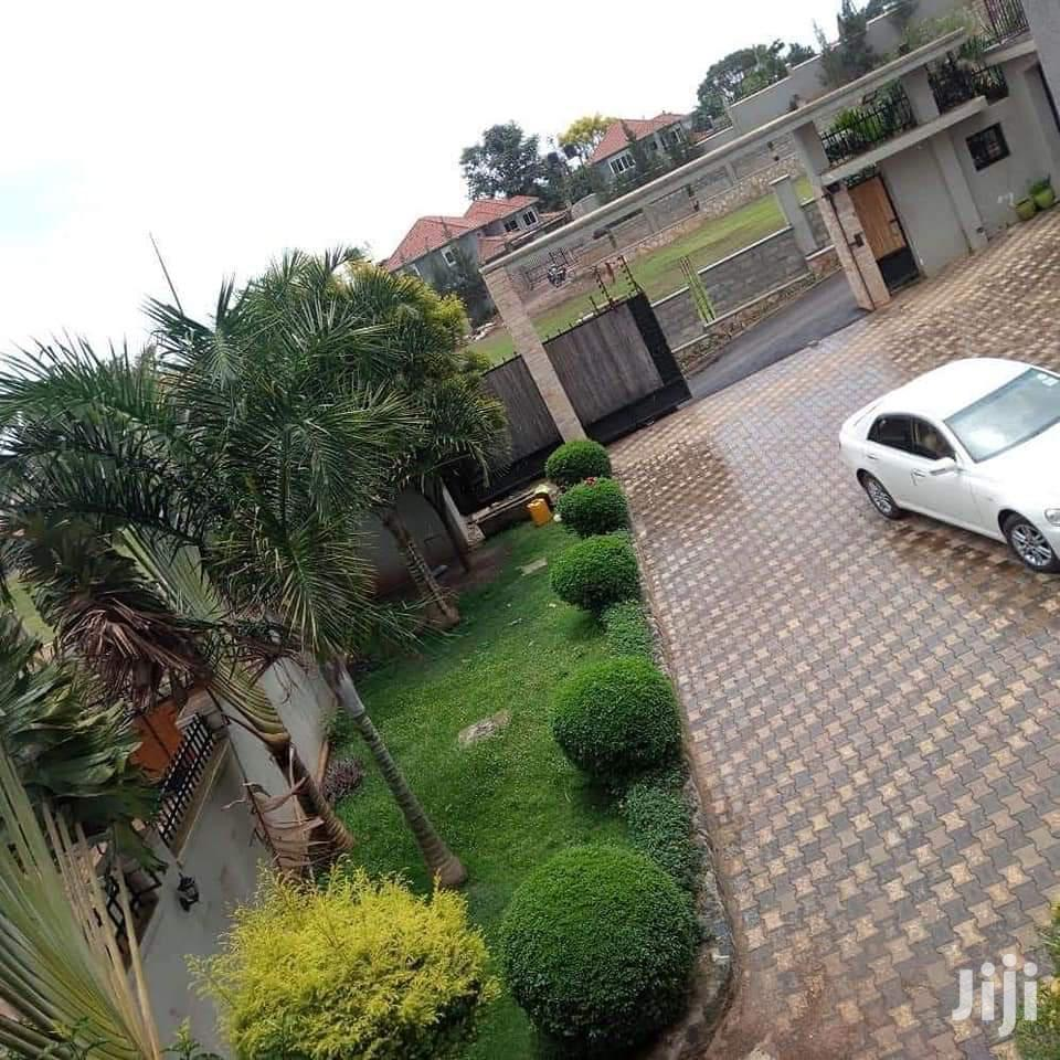 Six Bedroom House In Buziga For Sale | Houses & Apartments For Sale for sale in Kampala, Central Region, Uganda