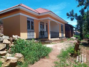 House In Heart Of Salaama Munyonyo Kabuma Zone For Sale | Houses & Apartments For Sale for sale in Central Region, Kampala
