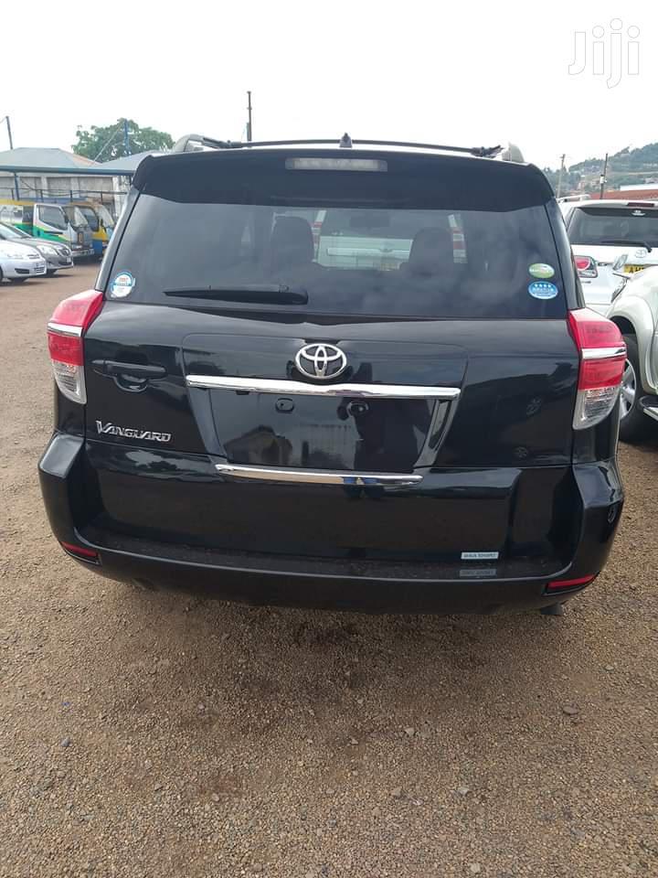 Archive: Toyota Vanguard 2011 Black
