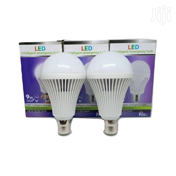 9w Emergence Bulb