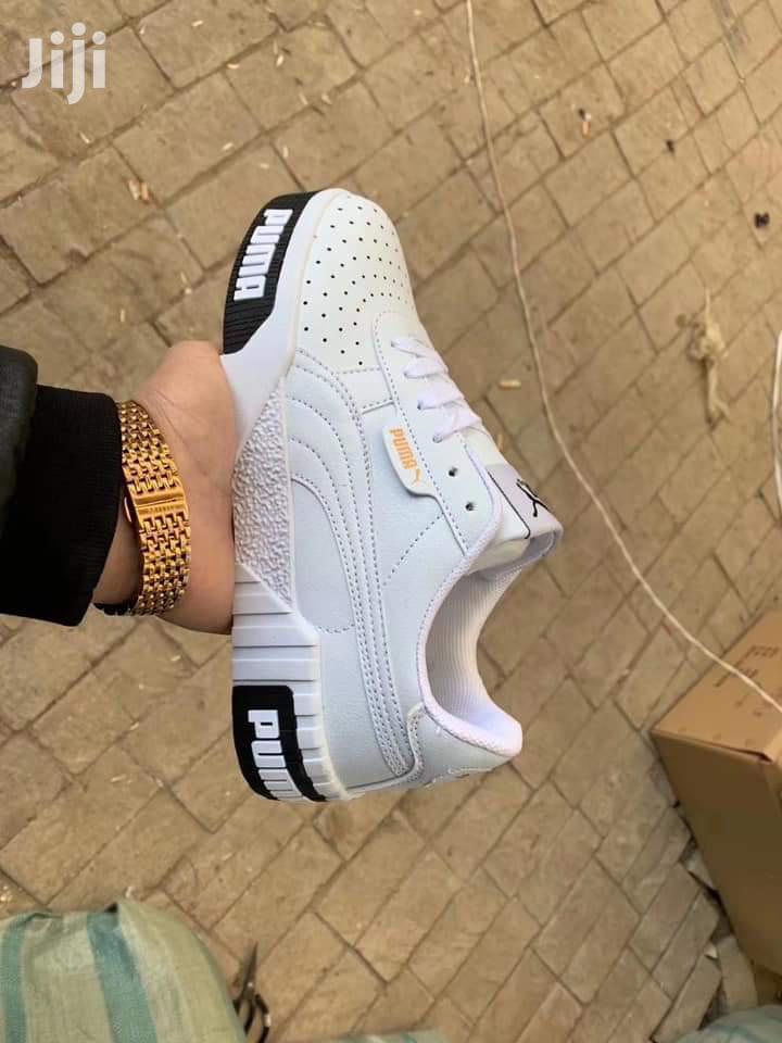 Trendy Nike Unisex Sneakers - Casual